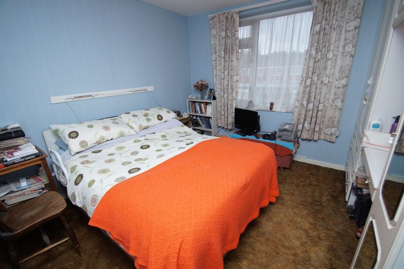 3 bed house for sale in Kineton Close 5
