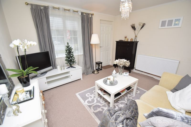 1 bed  for sale in Perryfields Close 3