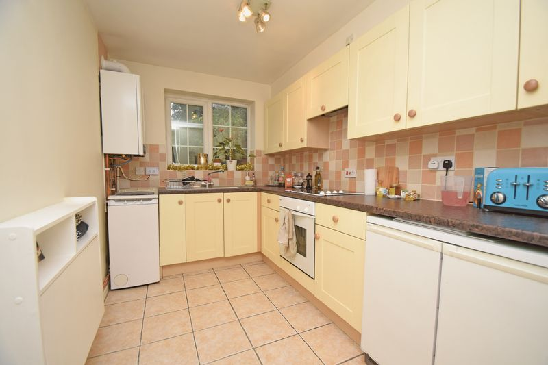 1 bed  for sale in Perryfields Close 4
