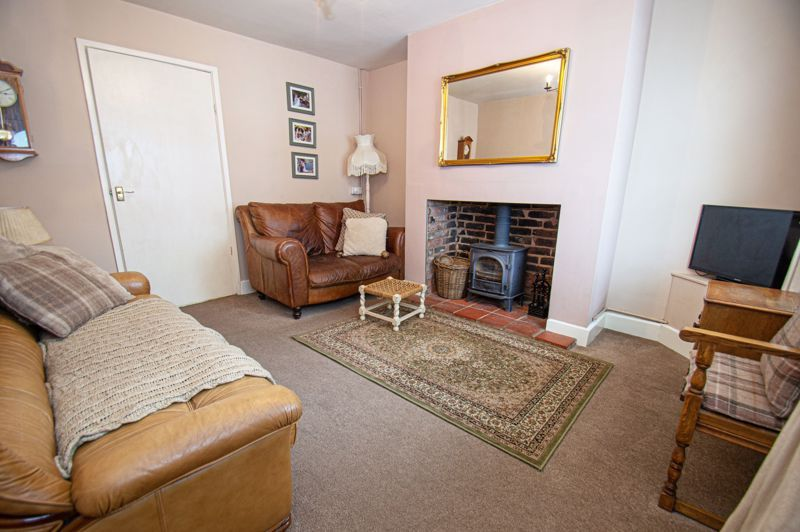 2 bed house for sale in Bowling Green Road  - Property Image 2