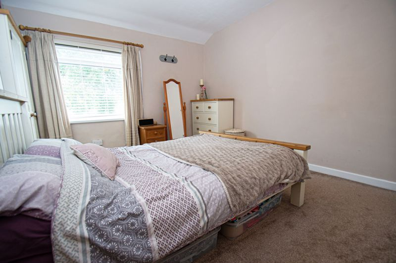 2 bed house for sale in Bowling Green Road 9