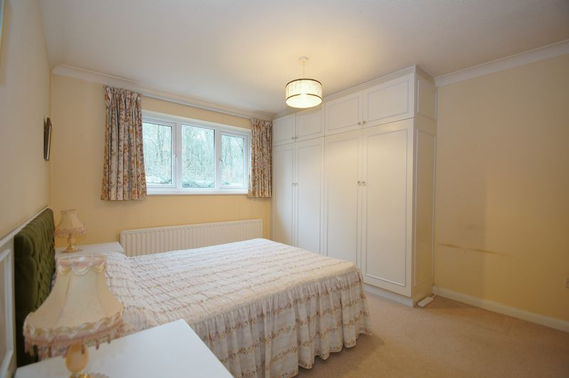 3 bed bungalow for sale in Norbury Close  - Property Image 12