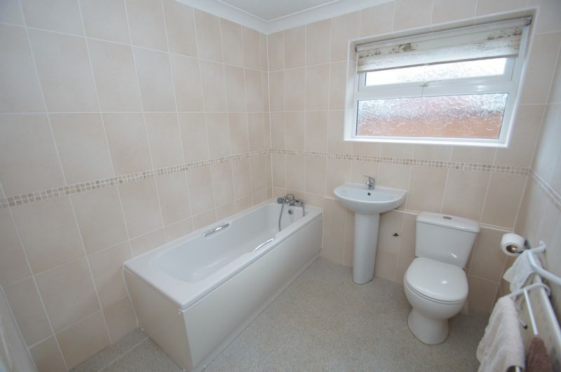 3 bed bungalow for sale in Norbury Close  - Property Image 15