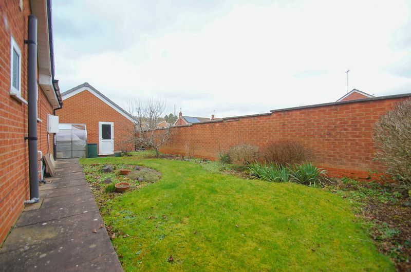 3 bed bungalow for sale in Norbury Close  - Property Image 18