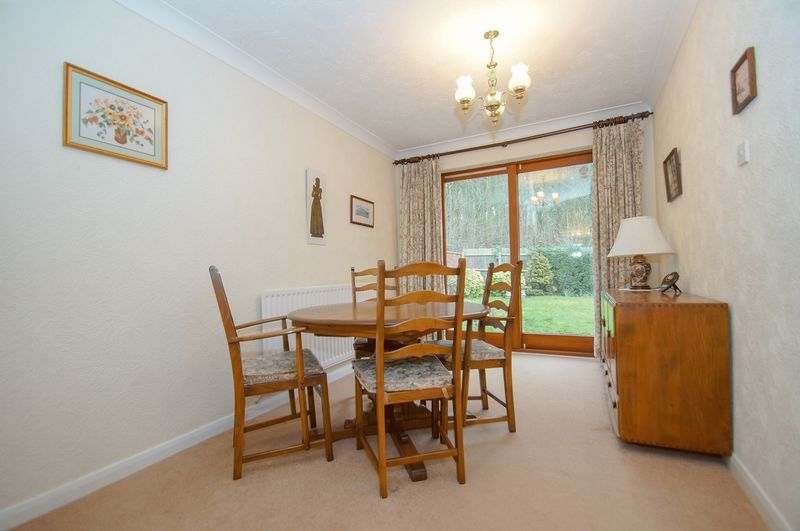 3 bed bungalow for sale in Norbury Close 6