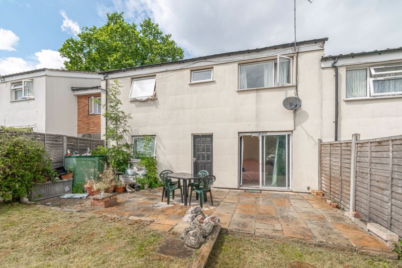 4 bed house for sale in Ombersley Close 16