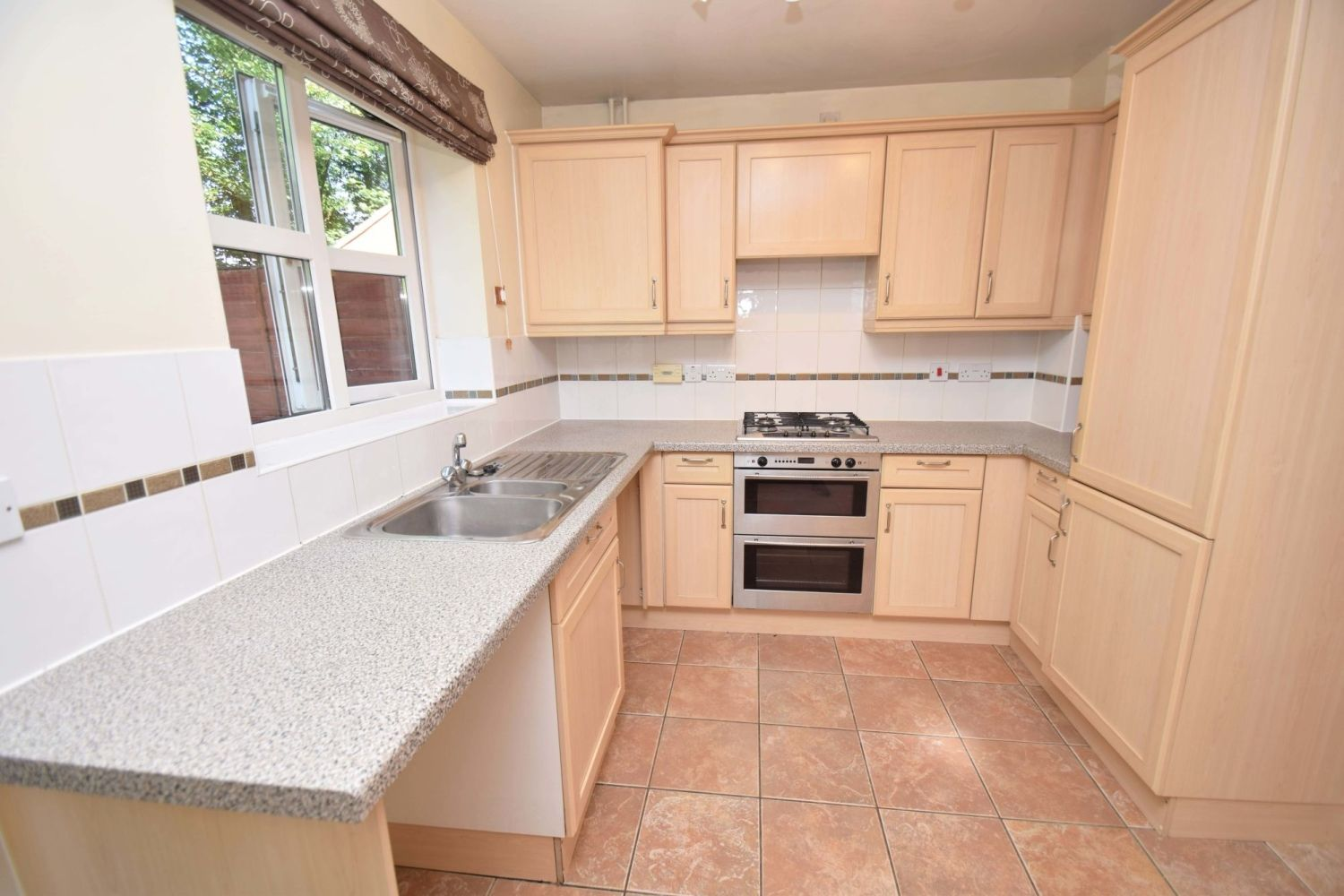 2 bed terraced for sale in Mallow Drive, Woodland Grange 5