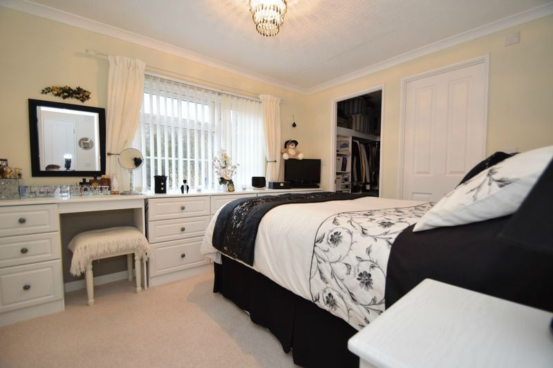 2 bed bungalow for sale in Hampton Loade Park Homes  - Property Image 10