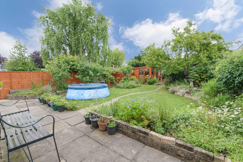3 bed house for sale in Stoke Road 11