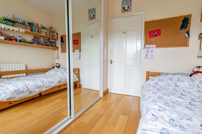 3 bed house for sale in Stoke Road 16