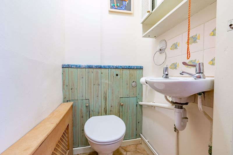 3 bed house for sale in Stoke Road  - Property Image 6