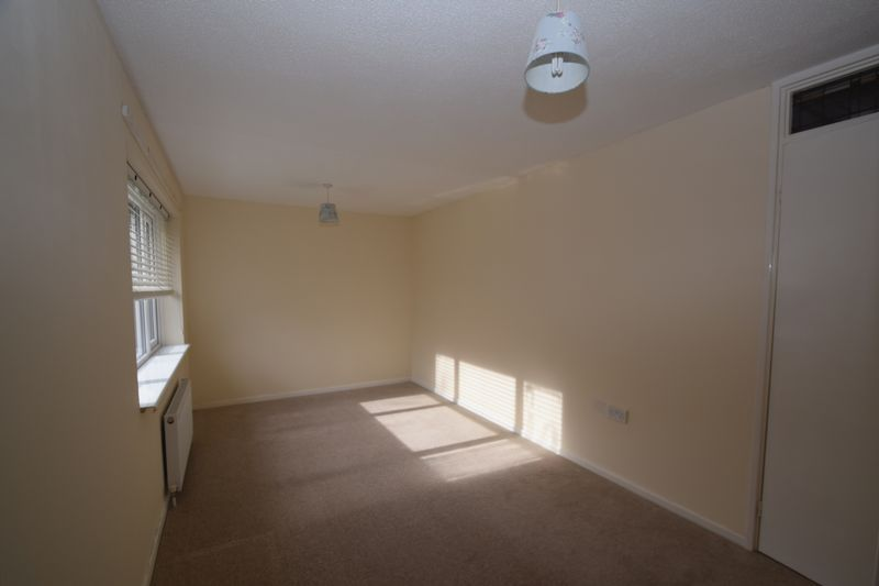 2 bed house to rent in Sandygate Close  - Property Image 6