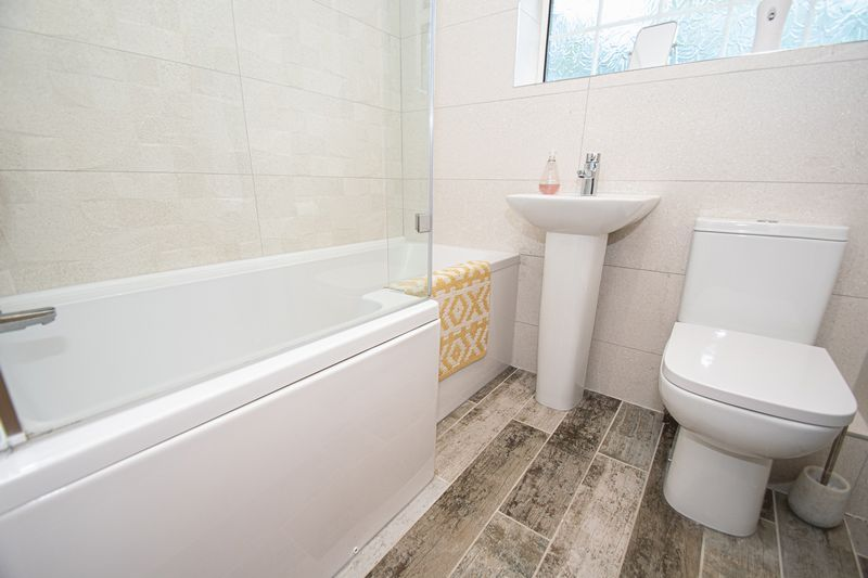 3 bed house for sale in Kitebrook Close 11