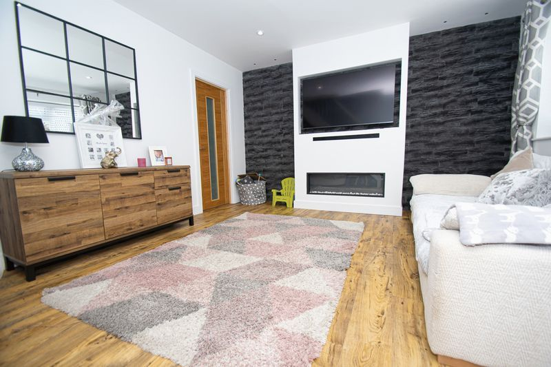 3 bed house for sale in Kitebrook Close  - Property Image 4