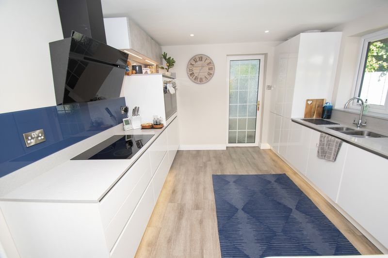 3 bed house for sale in Kitebrook Close 5