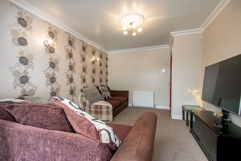 3 bed house for sale in Harport Road  - Property Image 3