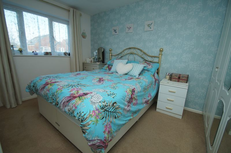 3 bed house for sale in Lassington Close  - Property Image 9
