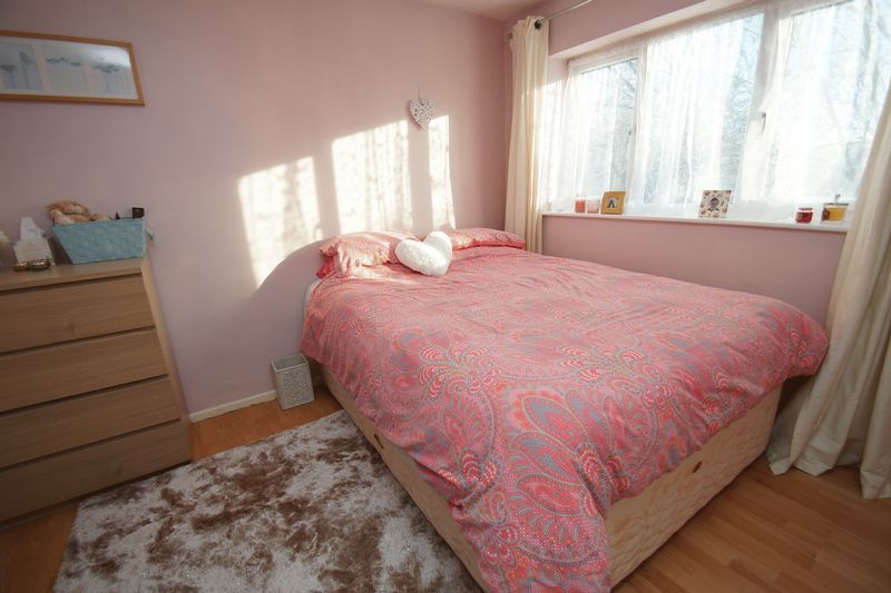 3 bed house for sale in Lassington Close 10