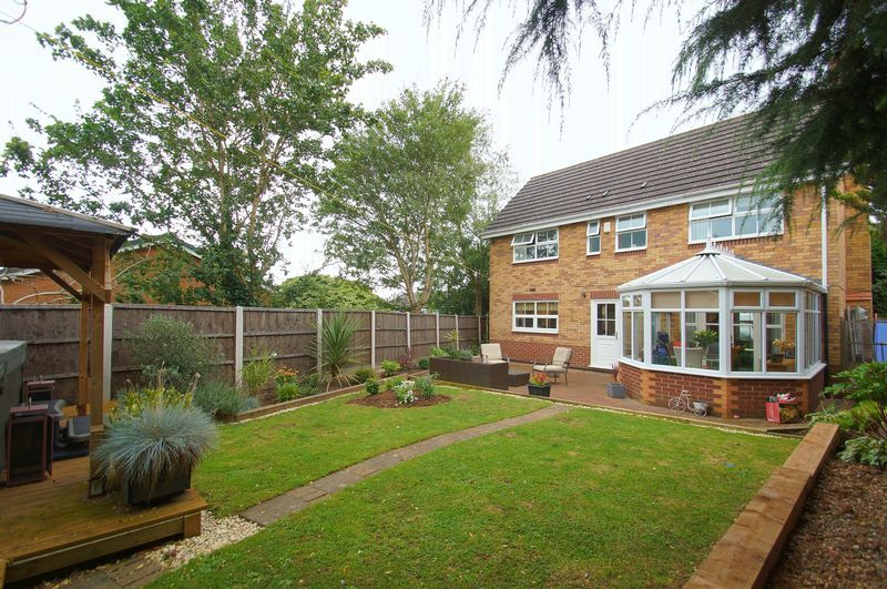 4 bed house for sale in Harbours Close  - Property Image 19