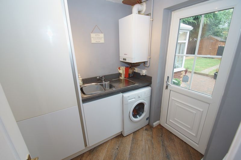 4 bed house for sale in Harbours Close 4