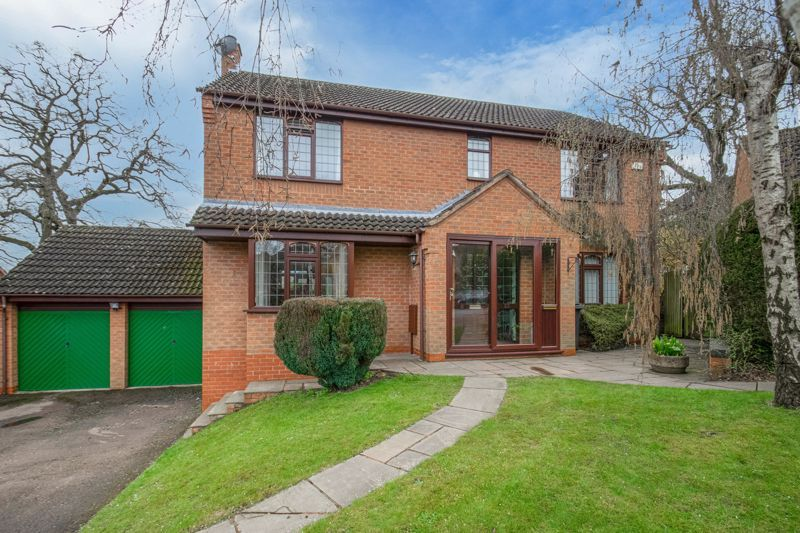 5 bed house for sale in Towbury Close 1