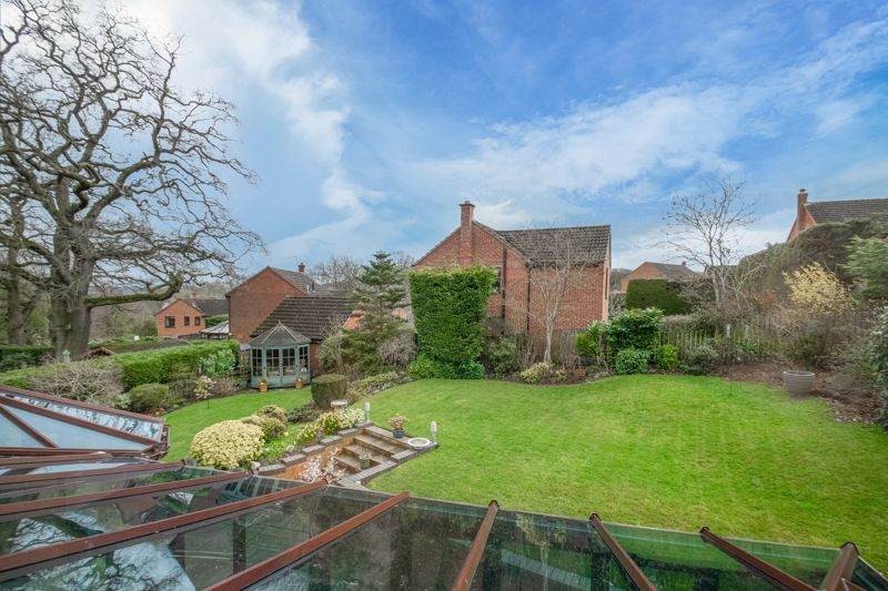 5 bed house for sale in Towbury Close 12