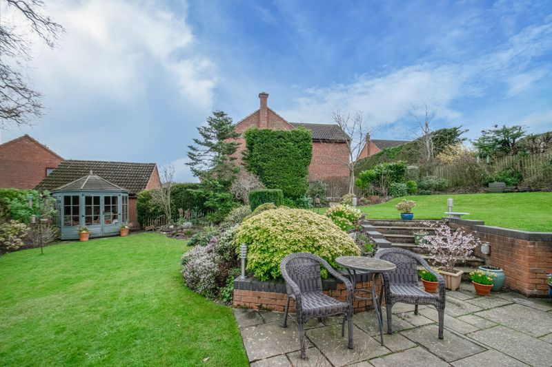 5 bed house for sale in Towbury Close 13