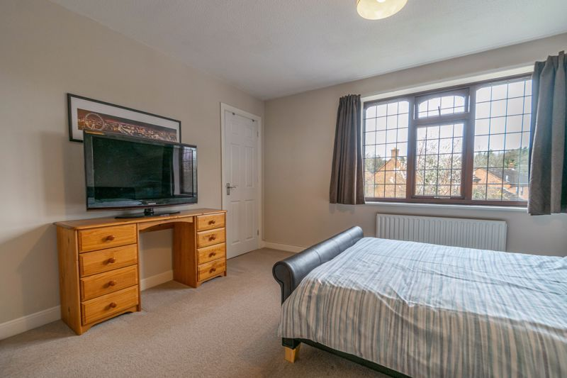 5 bed house for sale in Towbury Close 19
