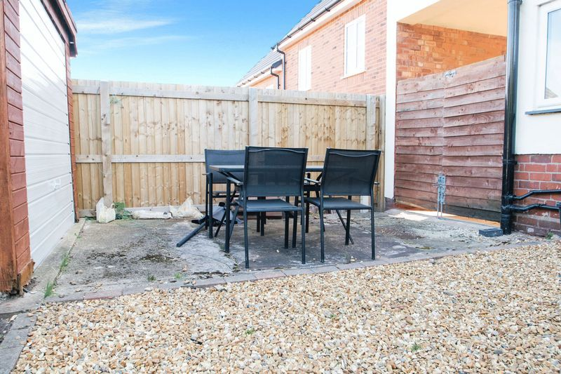 3 bed house for sale in High Street 16