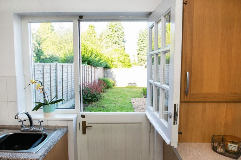 3 bed house for sale in High Street 7