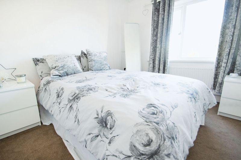 3 bed house for sale in High Street 10