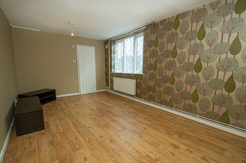 2 bed house for sale in Bushley Close 2
