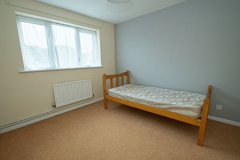 2 bed house for sale in Bushley Close 13