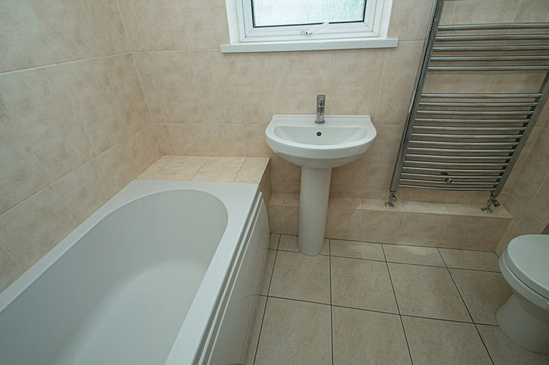 2 bed house for sale in Bushley Close 15