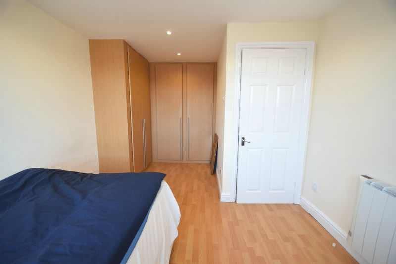 1 bed flat for sale in Prospect Hill 8