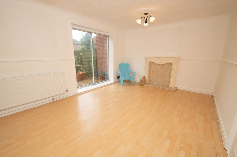 5 bed house for sale in Upper Field Close  - Property Image 3