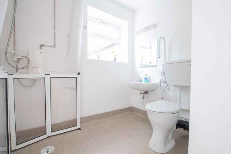 4 bed house for sale in Hagley Road  - Property Image 8
