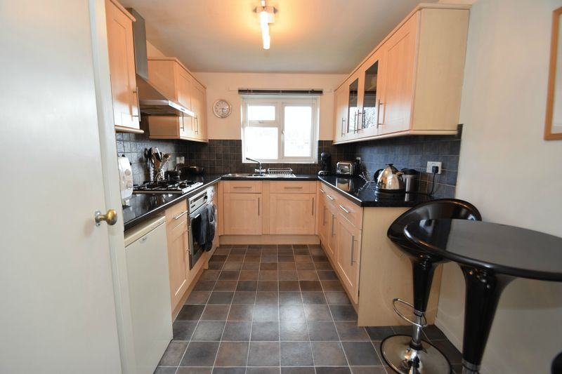 2 bed flat for sale in Oakhill Drive 2