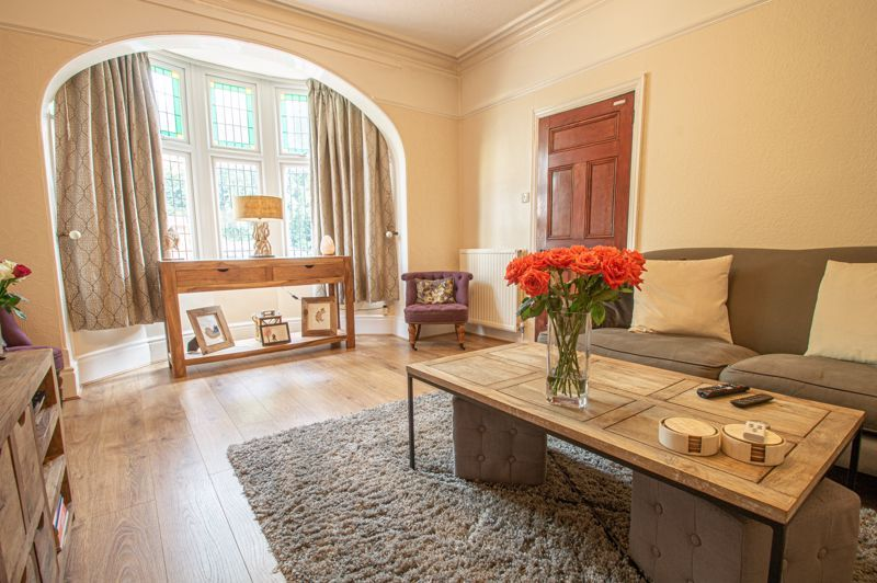 4 bed house for sale in Salop Road  - Property Image 3