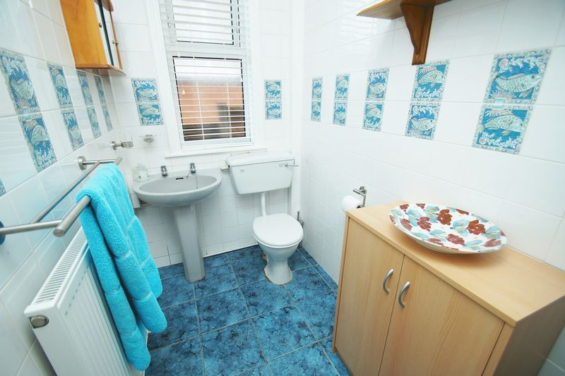4 bed house for sale in Salop Road 9