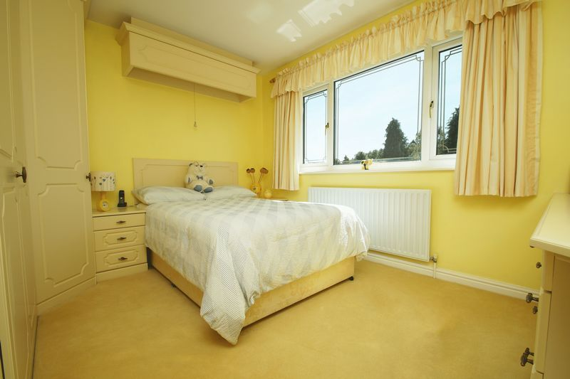 5 bed house for sale in Bridgnorth Road  - Property Image 14