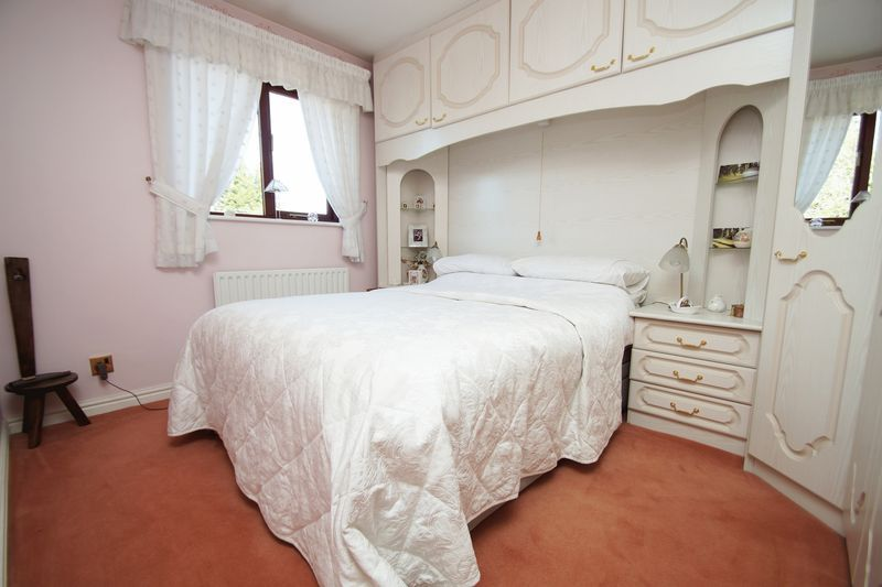 5 bed house for sale in Bridgnorth Road  - Property Image 15