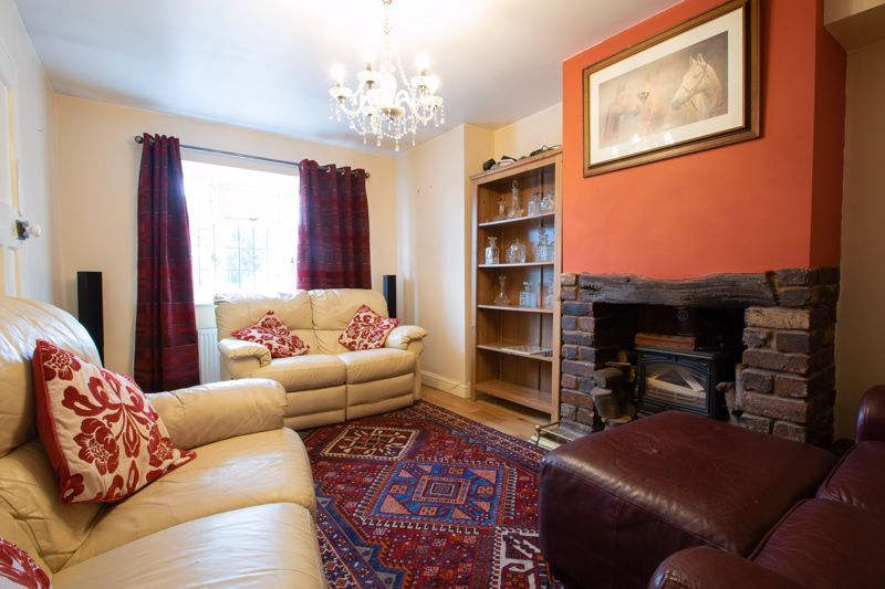 2 bed house for sale in Thorns Road 2
