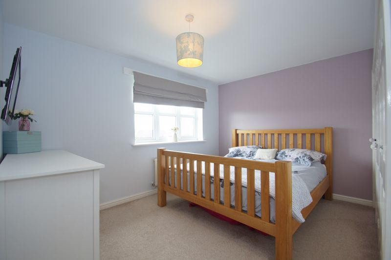 5 bed house for sale in Parklands Close 12