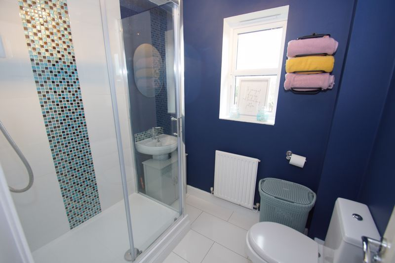 5 bed house for sale in Parklands Close 16