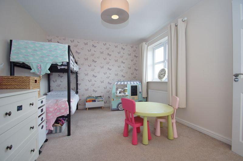 5 bed house for sale in Parklands Close  - Property Image 17