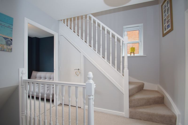 5 bed house for sale in Parklands Close 18