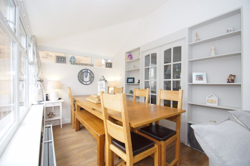 5 bed house for sale in Parklands Close 5