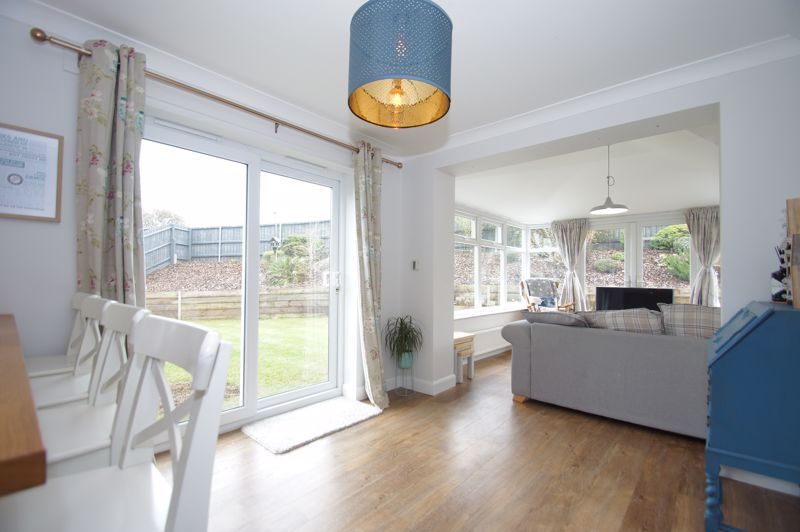 5 bed house for sale in Parklands Close 6