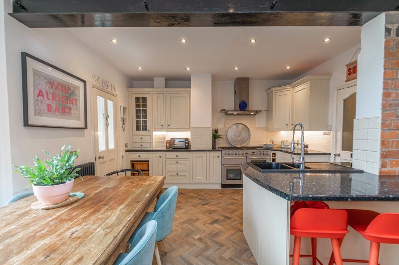 4 bed house for sale in Feckenham Road  - Property Image 3